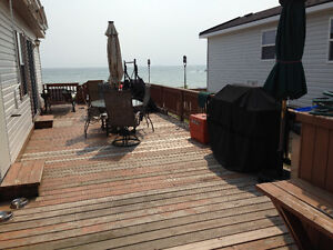 LAKE FRONT COTTAGE FOR SALE - SHERKSTON SHORES