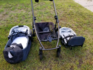 UppaBaby Stroller with Bassinet and 2nd Frame