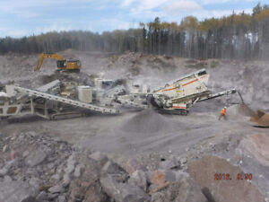 Track mount crushing and screening equipment, METSO & McCLOSKEY