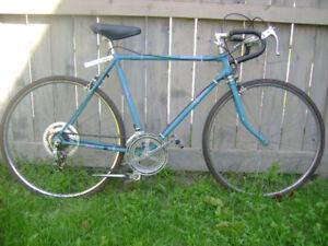 Road bike for men