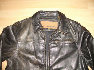 *** TIMBERLAND *** durable leather jacket --- size S / M