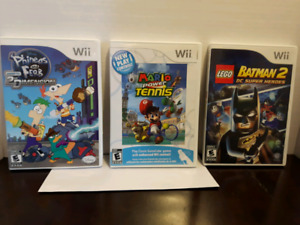 3 Wii Games Mario and Batman