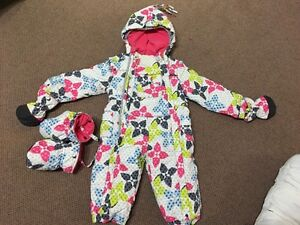 One piece snow suit West Island Greater Montréal image 1