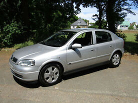 **PX BARGAIN REDUCED TO CLEAR**Vauxhall Astra 1.8i 16v Elegance**AUTOMATIC**