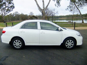 2011 Toyota Corolla CE **ONLY $9300 **49500 KLMS**