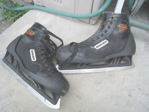Used Bauer Reactor 3000 Goalie Skates, size 11