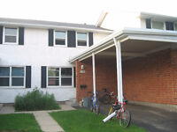 2 rooms available for UW or WLU students