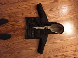 Boys winter coats size 3T 4T