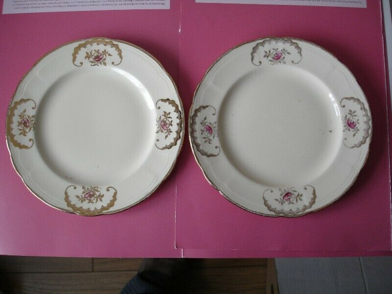 """Two Alfred Meakin 1940's Vintage Plates, 7"""""""