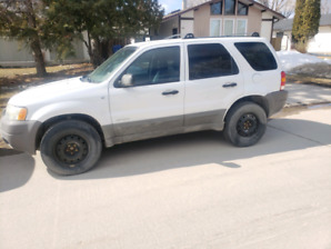 2002 Ford Escape XLS, 4wd, Safetied