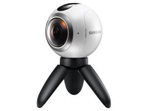 Gear 360 - 360 video/photo camera