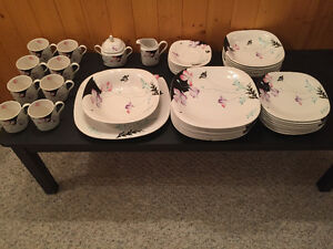 Mikasa Dinnerware Purple Poppies