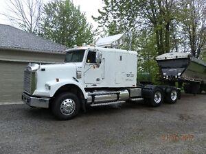 2007 Freightliner Heavy Duty Truck