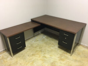 Steel frame/wood top desk with chair