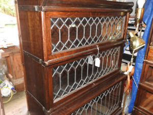 antique 3  level barrister bookcase, all lead doors step back