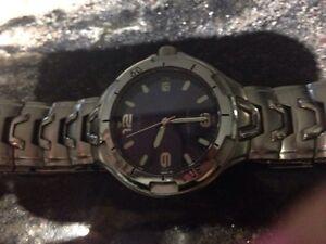 Guess Men's Watch ~ Authentic~