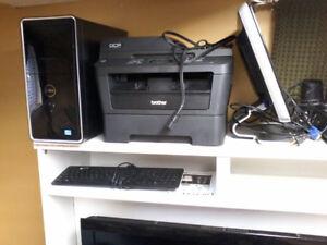 Ensemble ordinateur de bureau.