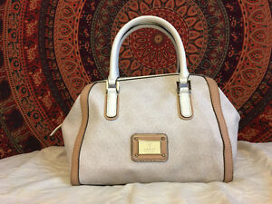 REAL GUESS PURSE, $100 OBO