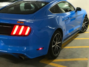 2017 Ford Mustang Coupe (2 door)