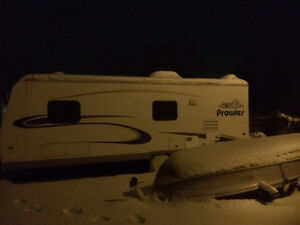 23' Prowler Limited Edition Fleetwood Trailer - Canadian Edition Peterborough Peterborough Area image 7