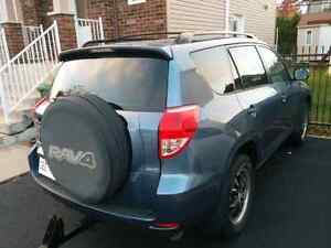 Toyota RAV4 2006 AWD Automatic A/C Cruise Mags