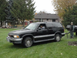 1995 GMC Jimmy SUV, 4 door