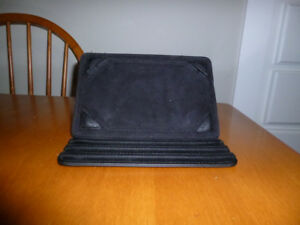Hipstreet standing tablet case,