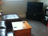 Room available minutes away from MUN