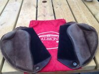 Albion Selecta Brown Suede Jumping Knee Rolls