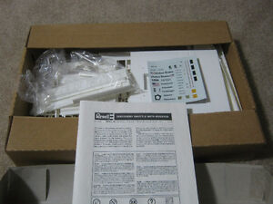Revell 1/144th Discovery Space Shuttle with Boosters Model Kit Strathcona County Edmonton Area image 2