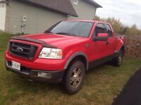 **QUICK SALE**04 F150 FX4 stepside 4x4 fully loaded