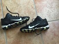 Soulier de football et baseball