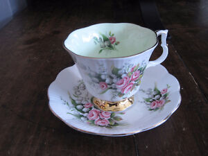 Royal Albert Tea Cup/ Saucer Sets (Page 2) Kitchener / Waterloo Kitchener Area image 2