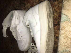 Airforce 1 triple white size 7 (fits 8 and 9 EASY) Real leather