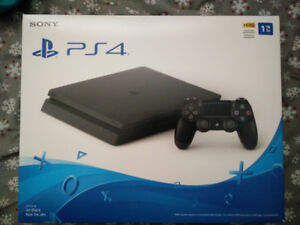 Like NEW 1 Tb Ps4 (playstation 4) console and gaming headset