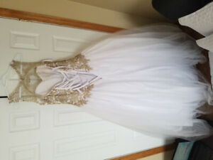 Prom/reception dress $450