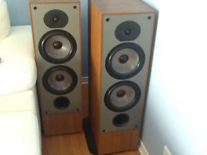 Paradigm 9 Speakers | Kijiji in Ontario  - Buy, Sell & Save with