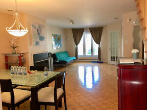 Furnitured Spacious Bright Townhouse for Rent