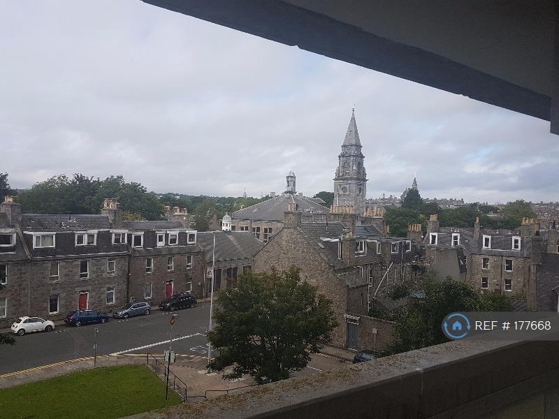 2 bedroom flat in Thistle Court, Aberdeen, AB10 (2 bed)
