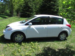 Nissan Versa S  2007