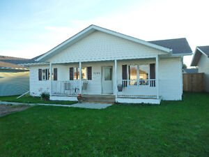 House for Rent in Grimshaw (15mins from Peace River)