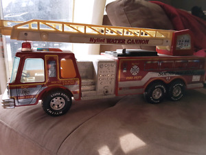 Vibtage Nylint Water Cannon fire truck