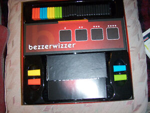 "Bezzer wizzer Game, Vintage ""Cross up"" London Ontario image 3"