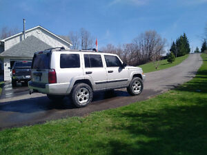 2006 Jeep Commander SUV, Crossover