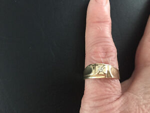 Men's 10k Yellow Gold Diamond Ring