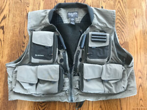 SIMMS ALL PURPOSE FISHING GUIDE VEST IN 2XL