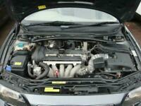 2004 04 VOLVO V70 2.4 SE 5D 170 BHP
