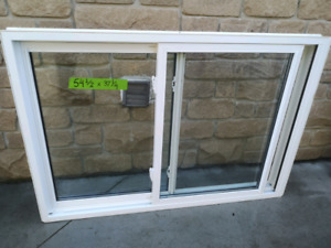 Good condition double slider thermal windows
