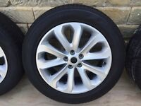 "20"" Genuine New Range Rover Land Rover Alloy Wheels and Tyres"