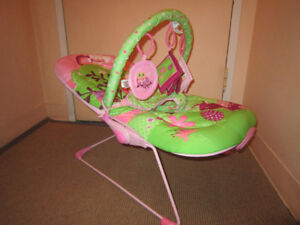 Baby bouncer rocking chair. Brand new. Bouncer chaise. Neuf.